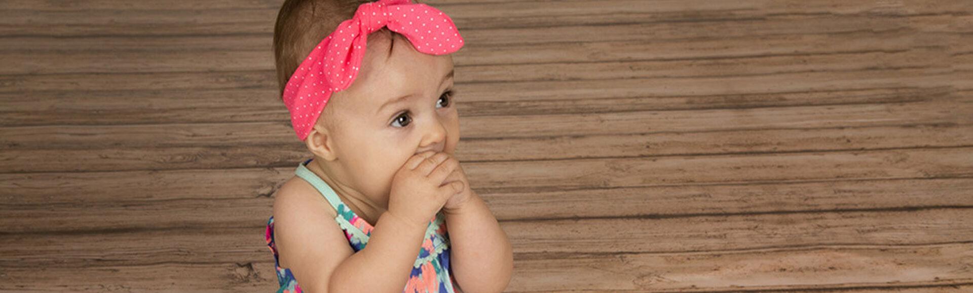 Frutas y alimentos buenos para los dientes de tu bebé   Más Abrazos by Huggies