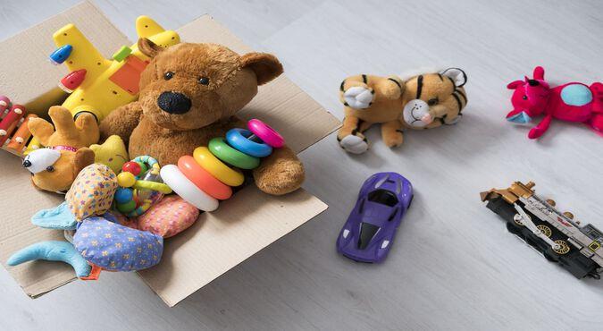 Ordenando los juguetes